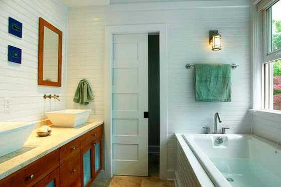 Раздвижная дверь в ванной комнате (фото)